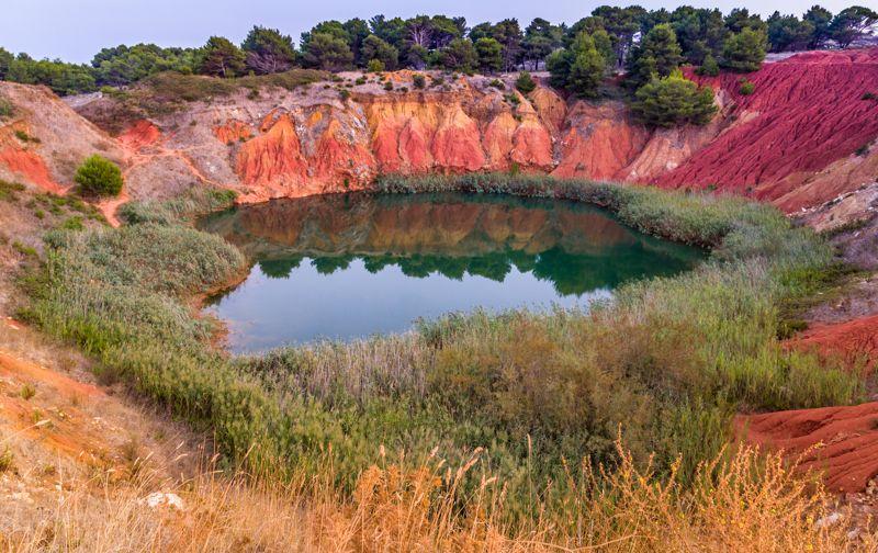 L'oasi rossa a Otranto: Una giornata alle Cave di Bauxite
