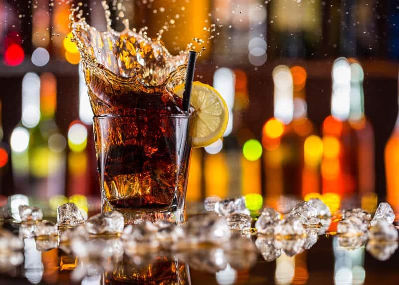 Un drink nelle vicinanze di Torre dell'Orso: ecco i migliori pub secondo TripAdvisor