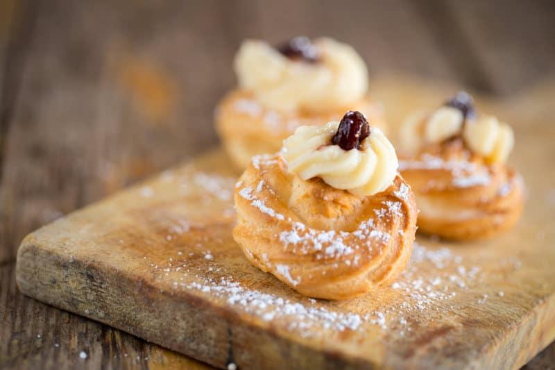 Il dolce tipico della Festa del Papà: le Zeppole di San Giuseppe