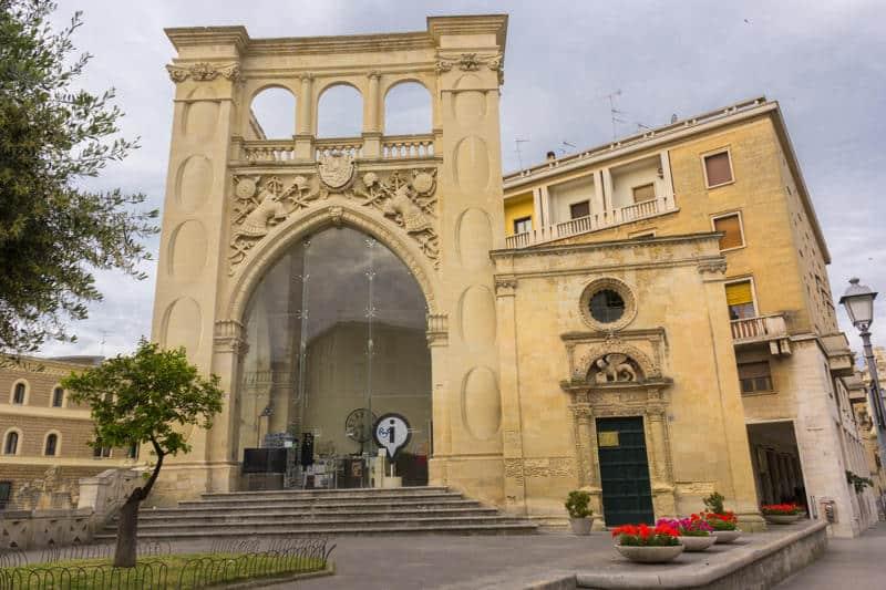 Lecce&Storia: alla scoperta del Sedile di Piazza Sant'Oronzo