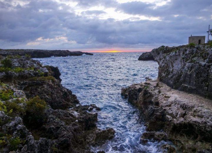 Scopri la bellezza di Porto Badisco e della Grotta dei Cervi