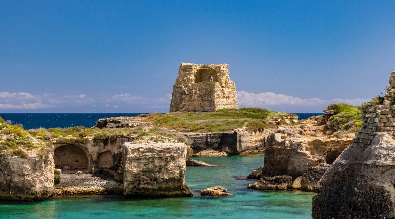 Salento medievale: scopri il Castello di Roca Vecchia